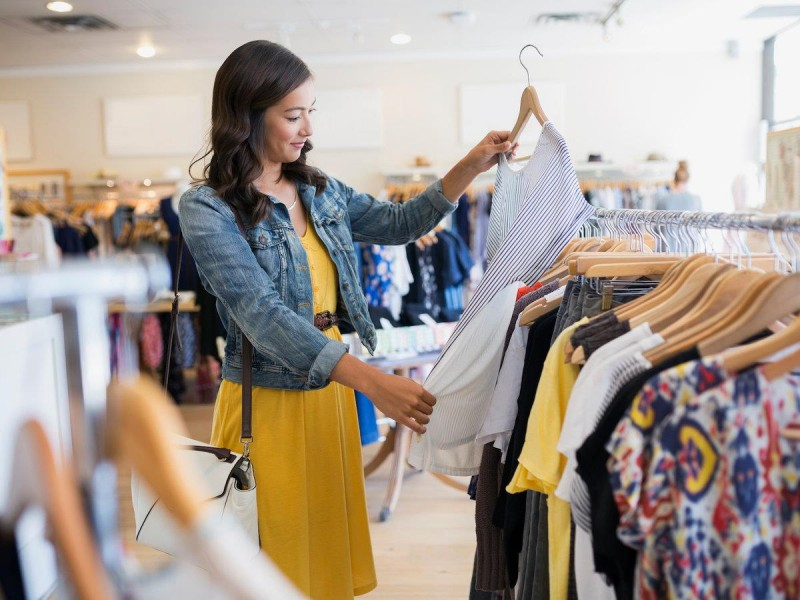How Ladies Clothing Stock Can Increase Your Profit?